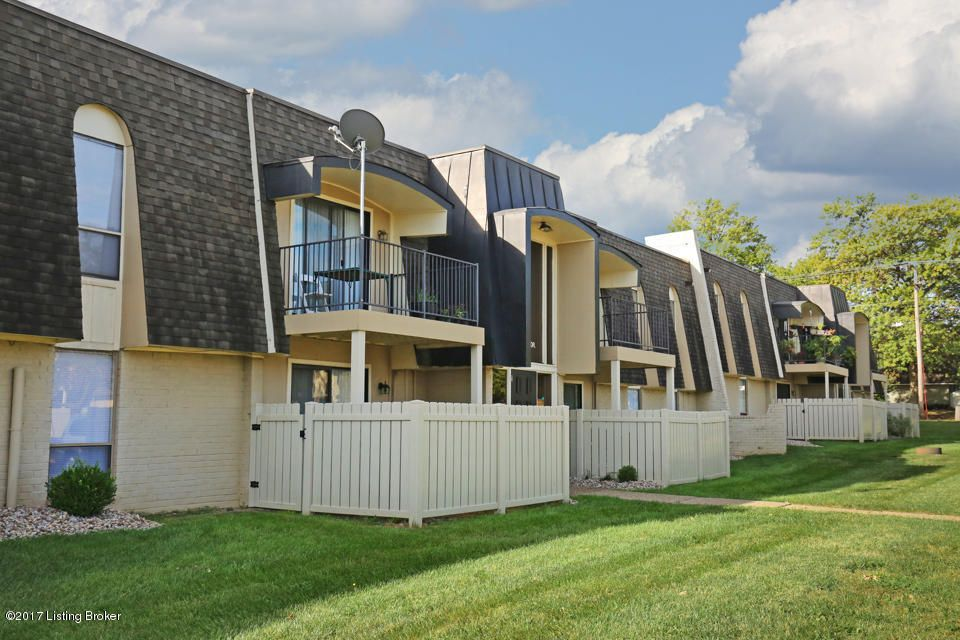 Condominium for Sale at 701 La Fontenay Court 701 La Fontenay Court Louisville, Kentucky 40223 United States