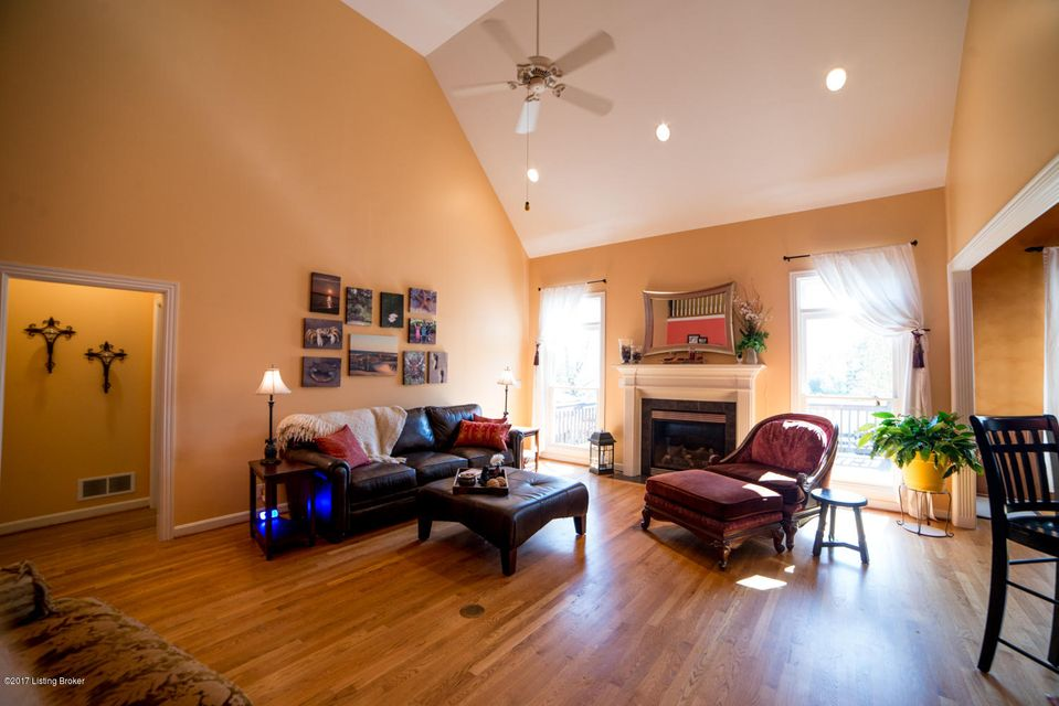 Additional photo for property listing at 2305 Cleary Court 2305 Cleary Court Louisville, Kentucky 40245 United States