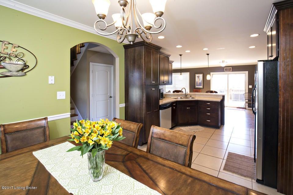 Additional photo for property listing at 7708 Aspen Ridge Road 7708 Aspen Ridge Road Louisville, Kentucky 40214 United States