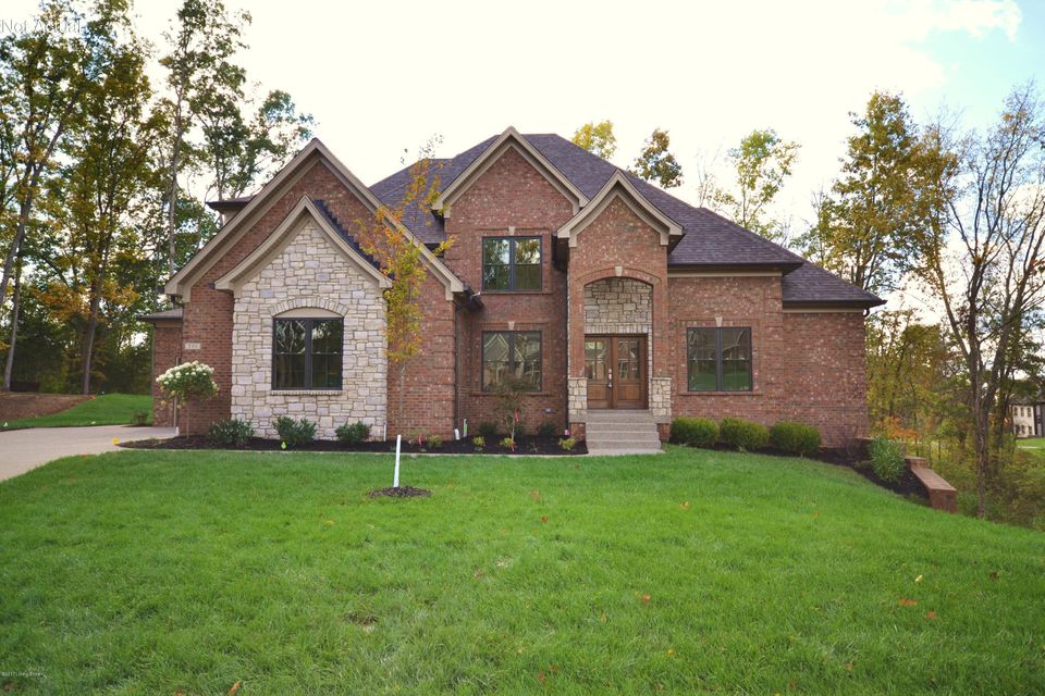 Single Family Home for Sale at 510 Brattle Court 510 Brattle Court Louisville, Kentucky 40245 United States