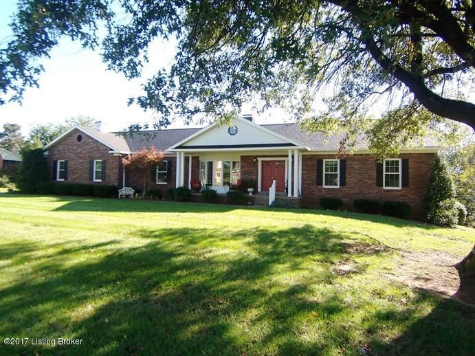 Single Family Home for Sale at 121 Windsor Avenue 121 Windsor Avenue Bardstown, Kentucky 40004 United States