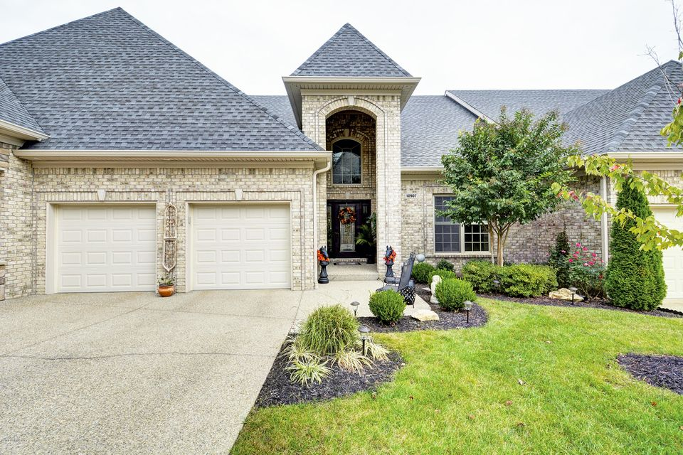 Single Family Home for Sale at 10907 Excelsior Place 10907 Excelsior Place Louisville, Kentucky 40241 United States