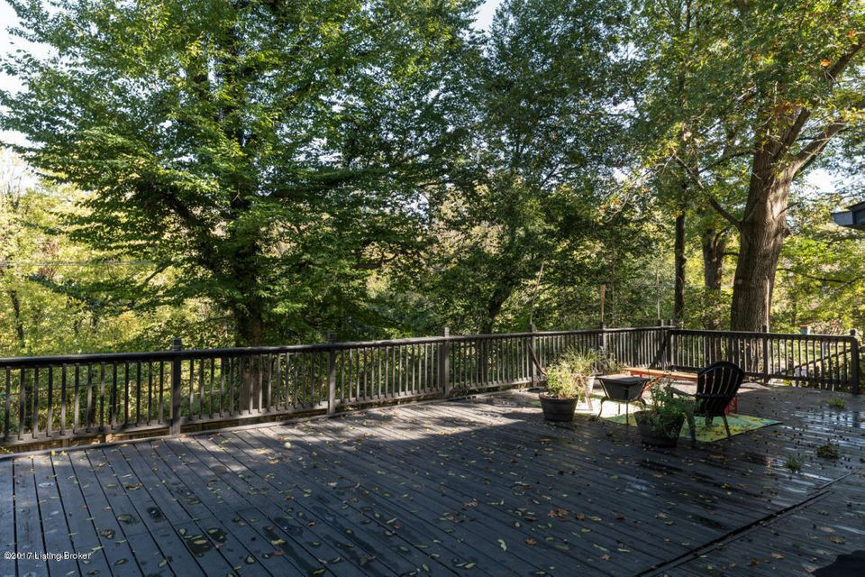 Additional photo for property listing at 2420 Cross Hill Road 2420 Cross Hill Road Louisville, Kentucky 40206 United States