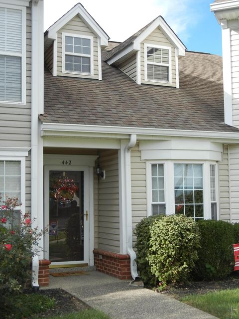 Additional photo for property listing at 442 Dean Taylor Court 442 Dean Taylor Court Simpsonville, Kentucky 40067 United States