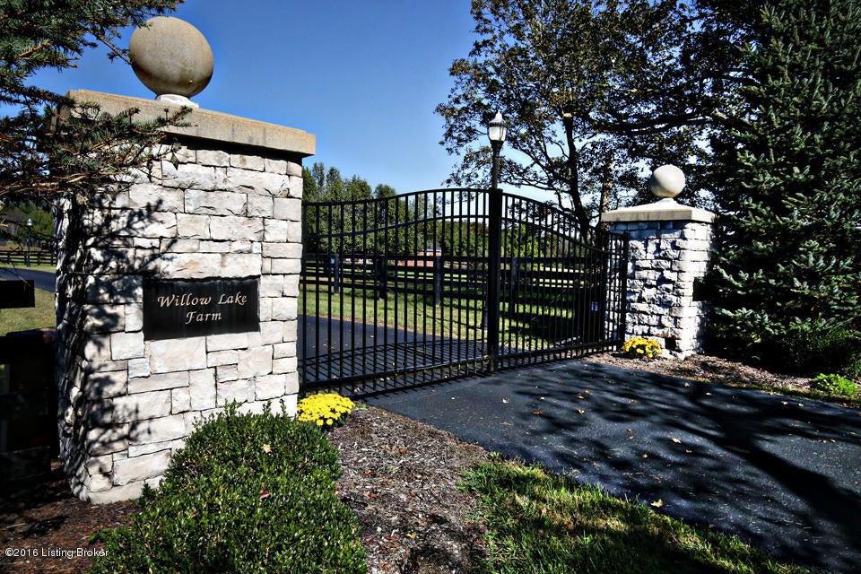Farm / Ranch / Plantation for Sale at 3300 Old Sligo Road 3300 Old Sligo Road La Grange, Kentucky 40031 United States