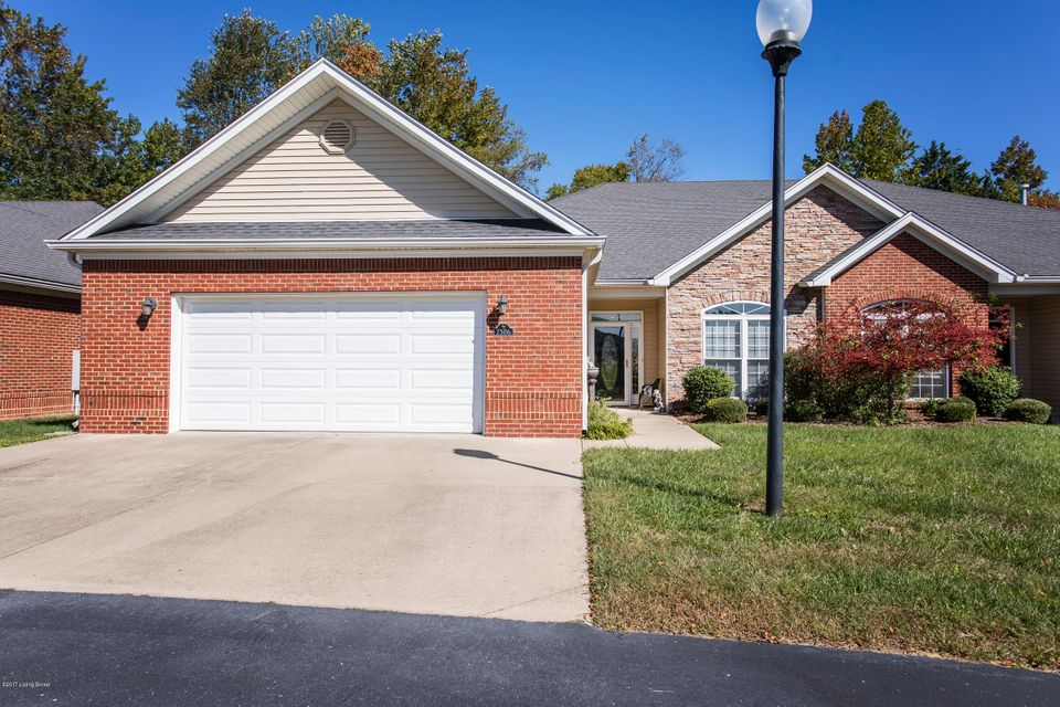 Condominium for Sale at 7506 Autumn Pointe Drive 7506 Autumn Pointe Drive Louisville, Kentucky 40214 United States