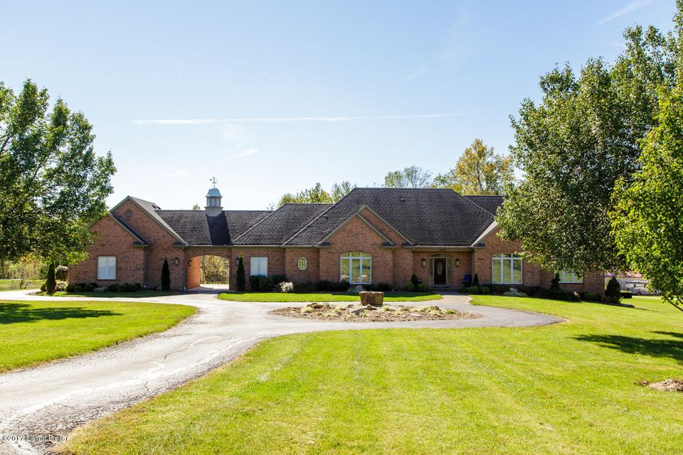 Single Family Home for Sale at 18706 Shelbyville Road 18706 Shelbyville Road Fisherville, Kentucky 40023 United States