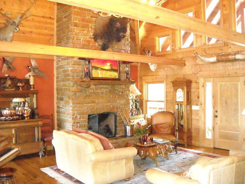 Additional photo for property listing at 1518 Gilbert Road 1518 Gilbert Road Marysville, Indiana 47141 United States