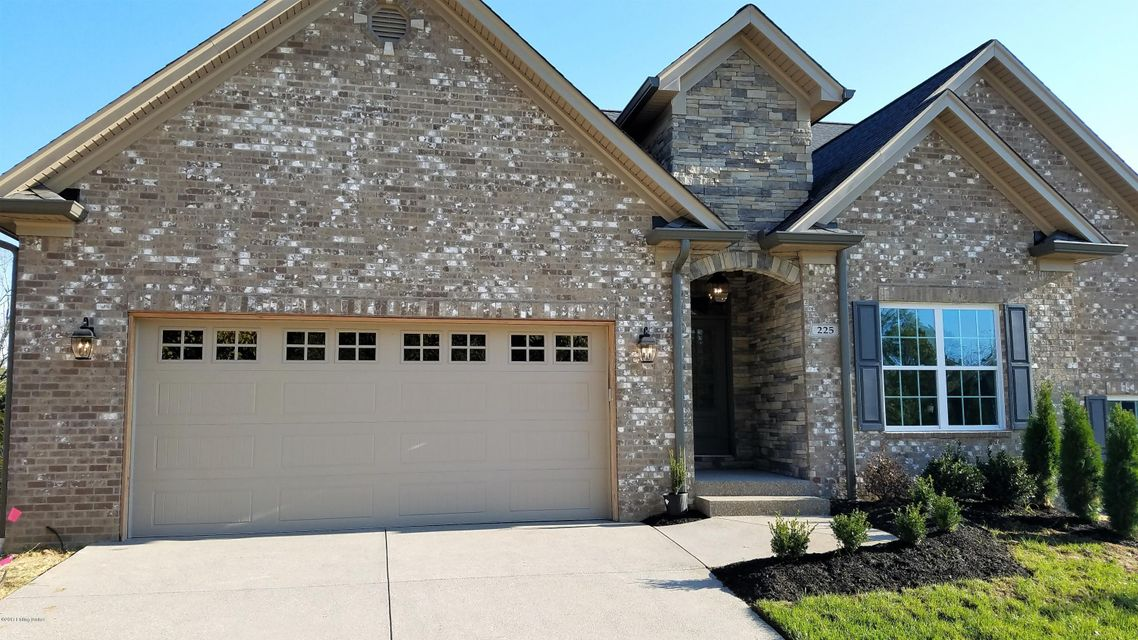 Single Family Home for Sale at 225 Maple Valley Road 225 Maple Valley Road Louisville, Kentucky 40245 United States