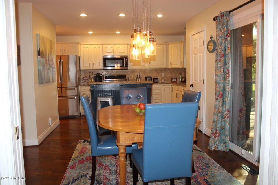 Additional photo for property listing at 3806 Stone Gate Drive 3806 Stone Gate Drive Crestwood, Kentucky 40014 United States
