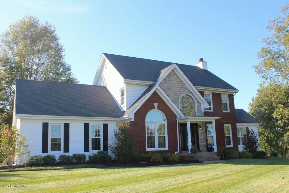 Single Family Home for Sale at 3806 Stone Gate Drive 3806 Stone Gate Drive Crestwood, Kentucky 40014 United States