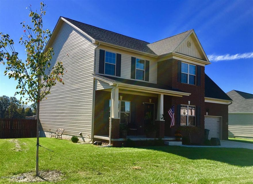 Single Family Home for Sale at 211 Sangria Drive 211 Sangria Drive Vine Grove, Kentucky 40175 United States