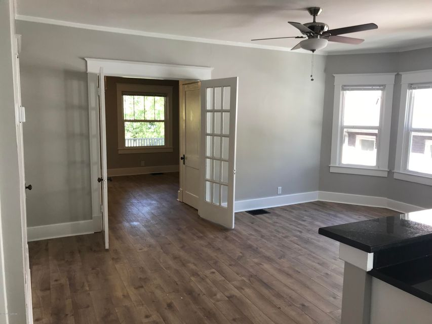 Additional photo for property listing at 129 Coral Avenue 129 Coral Avenue Louisville, Kentucky 40206 United States
