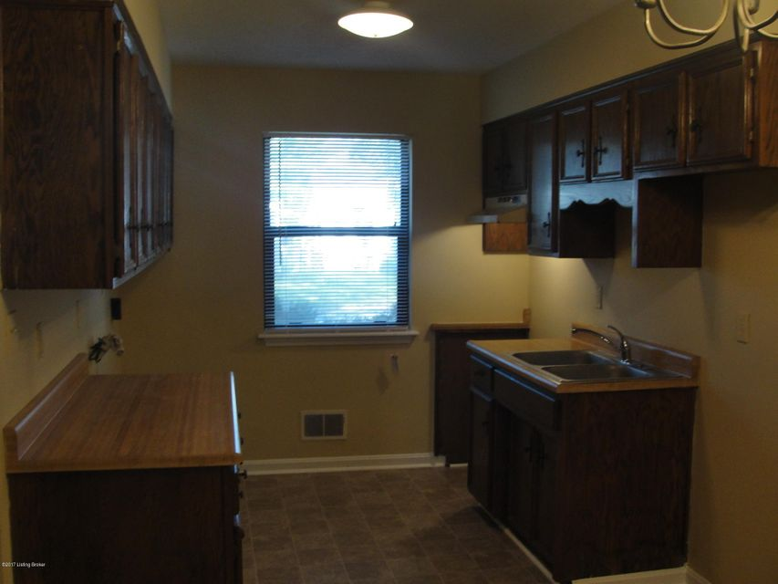 Additional photo for property listing at 934 W Whitney Avenue 934 W Whitney Avenue Louisville, Kentucky 40215 United States