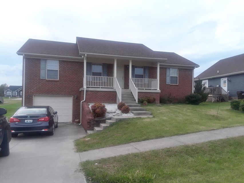 Single Family Home for Sale at 206 Oak Drive 206 Oak Drive Springfield, Kentucky 40069 United States