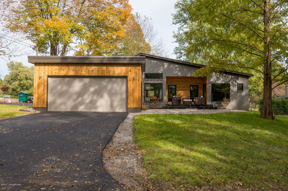 Additional photo for property listing at 2005 Lakeland Road 2005 Lakeland Road Louisville, Kentucky 40223 United States