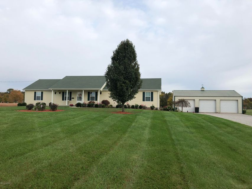 Single Family Home for Sale at 828 Morrison Road 828 Morrison Road Big Clifty, Kentucky 42712 United States