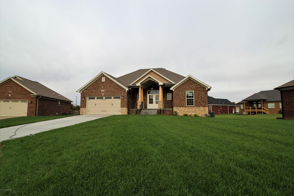 Single Family Home for Sale at 11305 Binford Court 11305 Binford Court Louisville, Kentucky 40291 United States