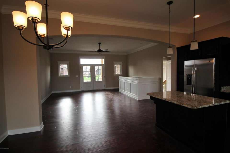 Additional photo for property listing at 11305 Binford Court 11305 Binford Court Louisville, Kentucky 40291 United States