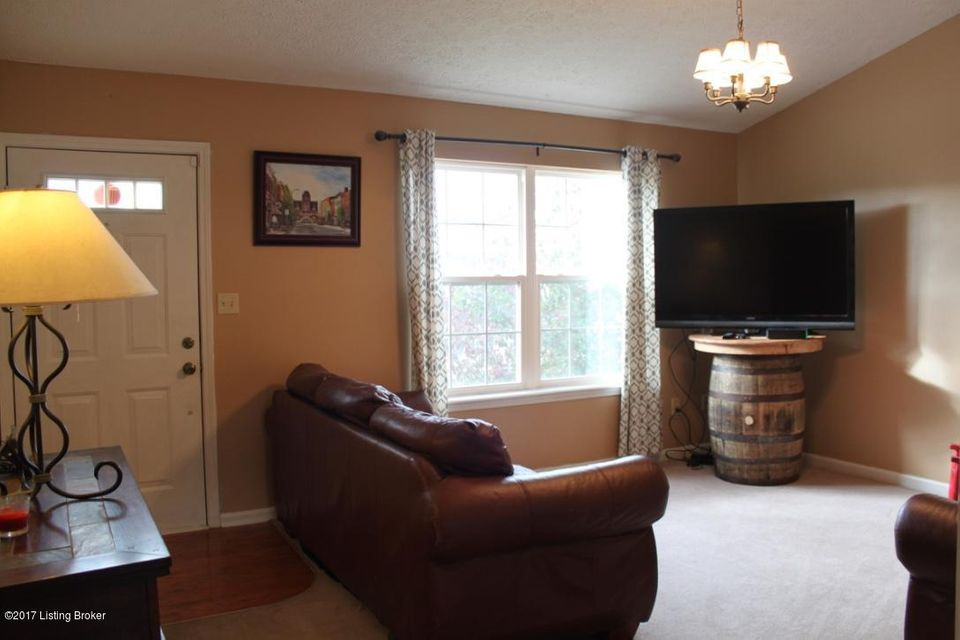 Additional photo for property listing at 215 Ruby Drive 215 Ruby Drive Elizabethtown, Kentucky 42701 United States