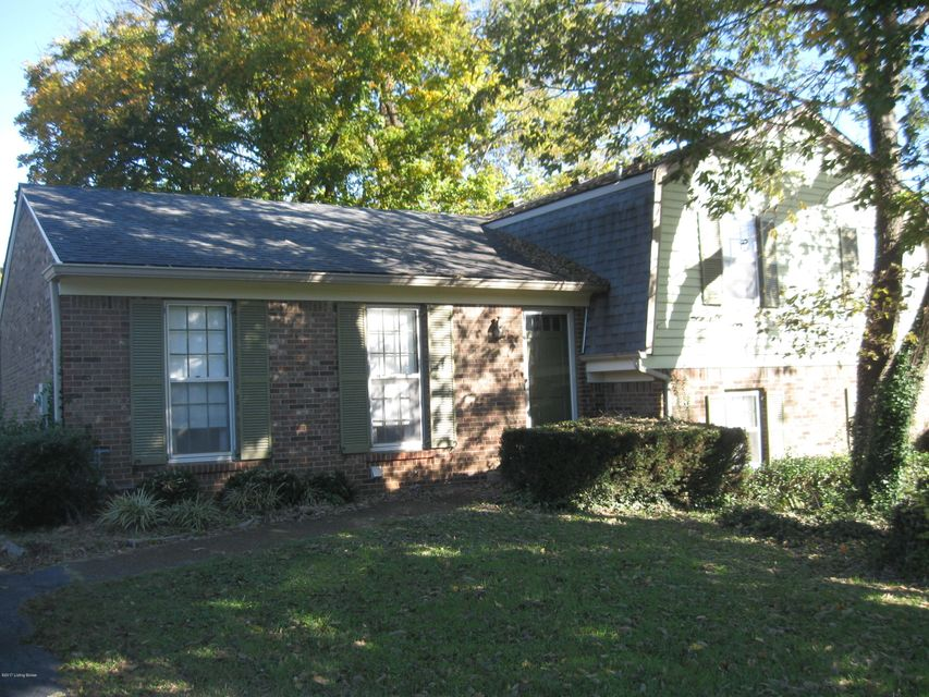 Single Family Home for Sale at 7207 HOLLOW CREED Road 7207 HOLLOW CREED Road Louisville, Kentucky 40228 United States
