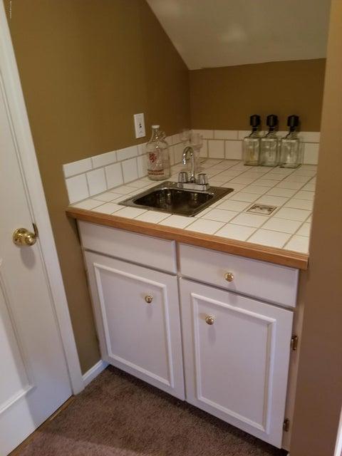 Additional photo for property listing at 4025 Landherr Drive 4025 Landherr Drive Louisville, Kentucky 40299 United States