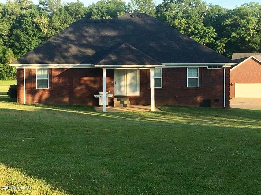 Additional photo for property listing at 205 S Howard Avenue 205 S Howard Avenue Bardstown, Kentucky 40004 United States