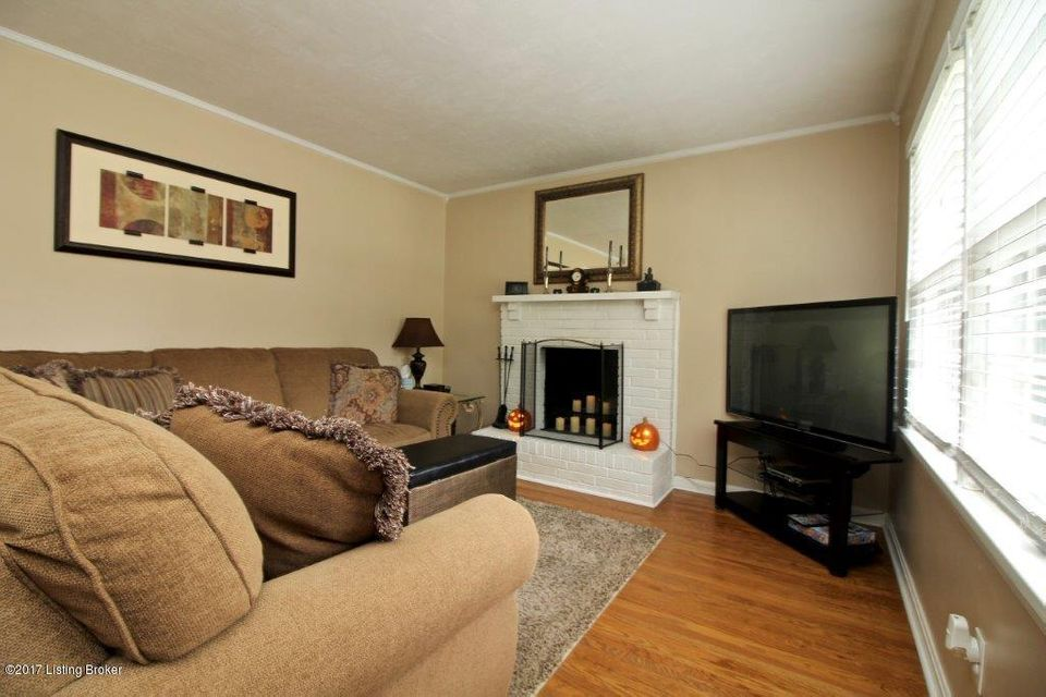 Additional photo for property listing at 6920 Sandstone Blvd 6920 Sandstone Blvd Louisville, Kentucky 40219 United States