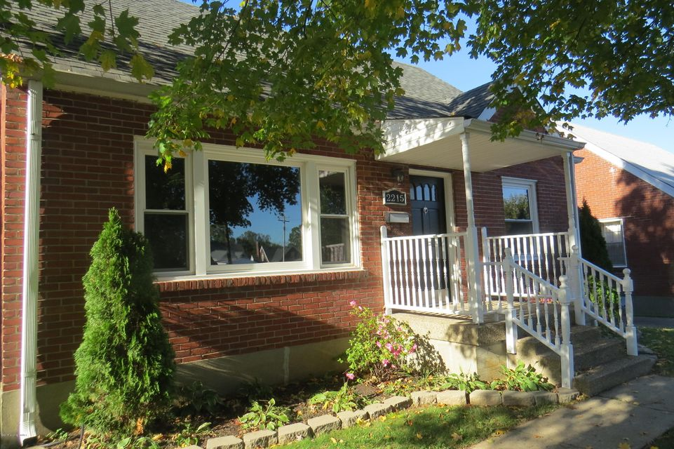 Additional photo for property listing at 2215 Lancashire Avenue 2215 Lancashire Avenue Louisville, Kentucky 40205 United States
