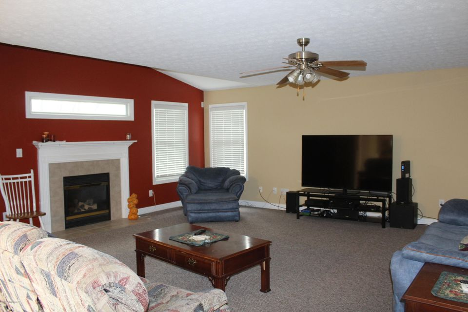 Additional photo for property listing at 14114 Victory Ridge Drive 14114 Victory Ridge Drive Louisville, Kentucky 40245 United States