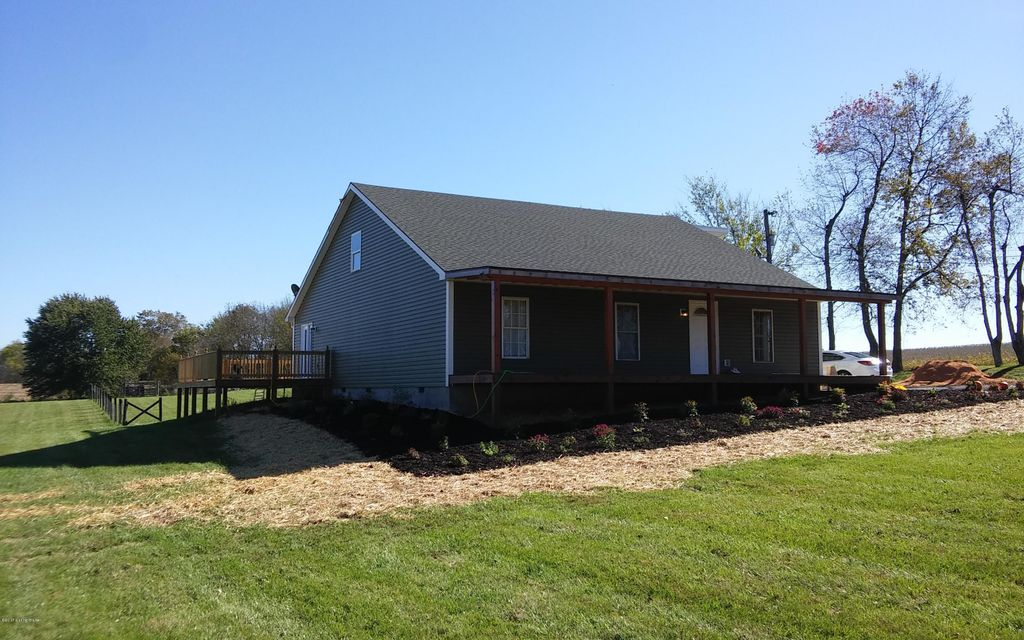 Additional photo for property listing at 1273 Pleasureville Road 1273 Pleasureville Road Pleasureville, Kentucky 40057 United States