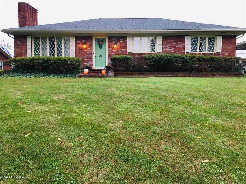 Single Family Home for Sale at 1314 Trevilian Way 1314 Trevilian Way Louisville, Kentucky 40213 United States