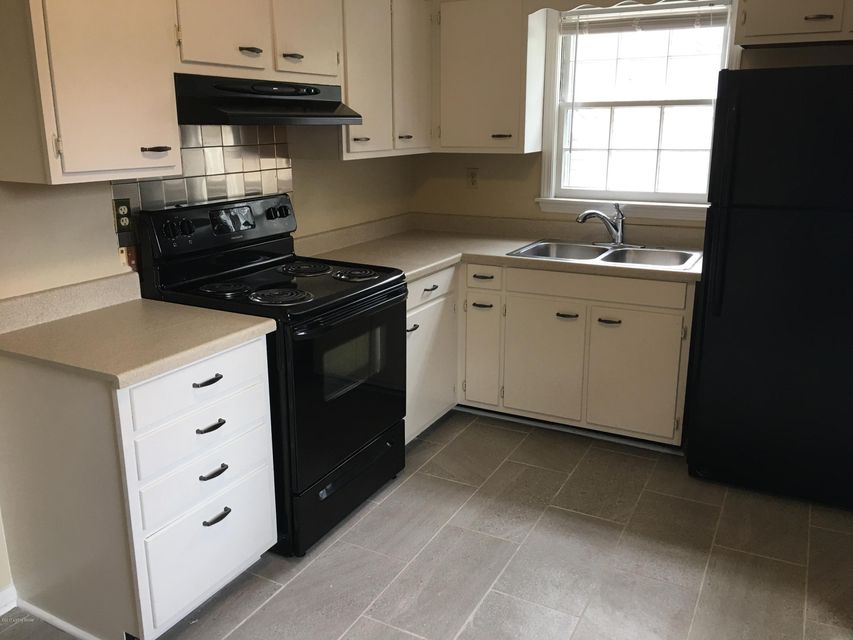 Additional photo for property listing at 3935 Grandview Avenue 3935 Grandview Avenue Louisville, Kentucky 40207 United States