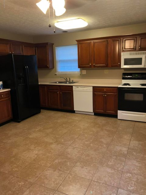 Additional photo for property listing at 12420 Brothers Avenue 12420 Brothers Avenue Louisville, Kentucky 40243 United States