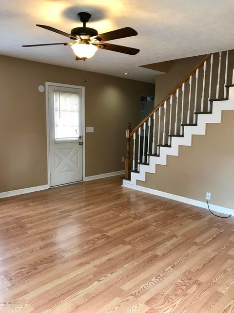 Additional photo for property listing at 244 Clover Lane 244 Clover Lane Louisville, Kentucky 40207 United States