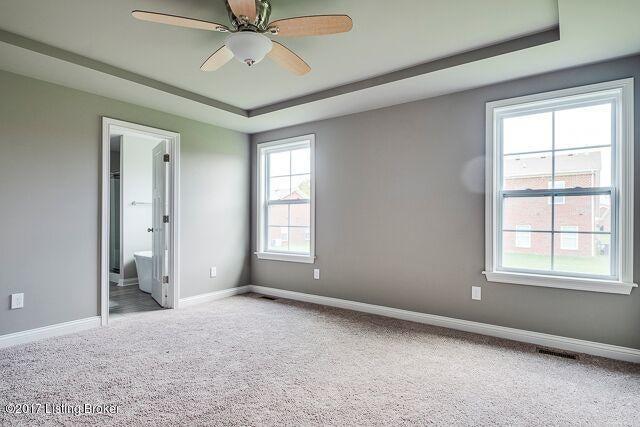 Additional photo for property listing at 8821 Stara Way 8821 Stara Way Louisville, Kentucky 40299 United States