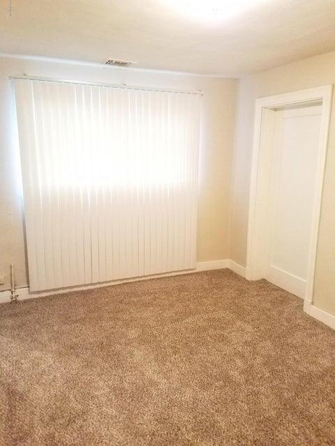 Additional photo for property listing at 127 Lyndon Lane 127 Lyndon Lane Lyndon, Kentucky 40222 United States