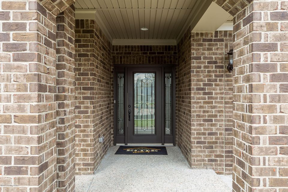 Additional photo for property listing at 9349 Cross Meadows Circle 9349 Cross Meadows Circle Louisville, Kentucky 40291 United States
