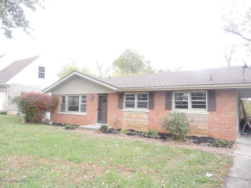 Single Family Home for Rent at 5133 Maryview Drive 5133 Maryview Drive Louisville, Kentucky 40214 United States