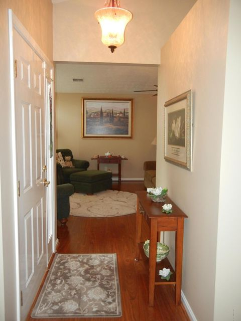 Additional photo for property listing at 4108 Le Rente Way 4108 Le Rente Way Louisville, Kentucky 40299 United States
