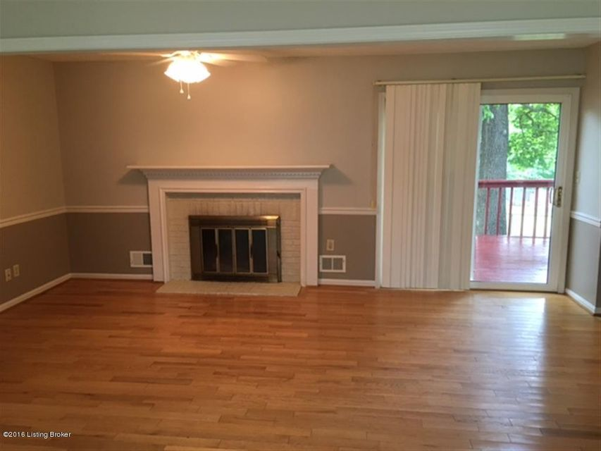 Additional photo for property listing at 821 Marengo Drive 821 Marengo Drive Louisville, Kentucky 40243 United States