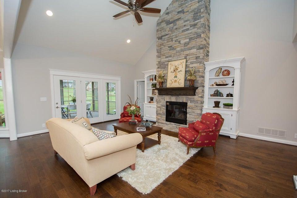 Additional photo for property listing at 127 Pembridge Court 127 Pembridge Court Louisville, Kentucky 40245 United States