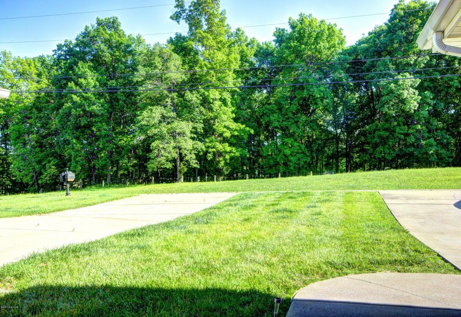 Additional photo for property listing at 3434 W Doe Valley Pkwy 3434 W Doe Valley Pkwy Brandenburg, Kentucky 40108 United States