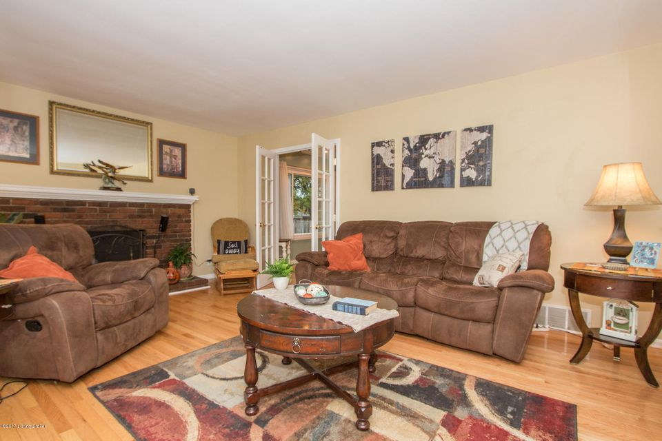 Additional photo for property listing at 2405 Ballad Blvd 2405 Ballad Blvd Louisville, Kentucky 40299 United States