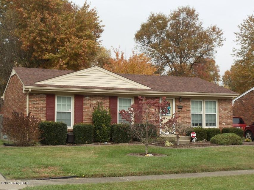 Single Family Home for Sale at 105 Scottsdale Blvd 105 Scottsdale Blvd Louisville, Kentucky 40214 United States