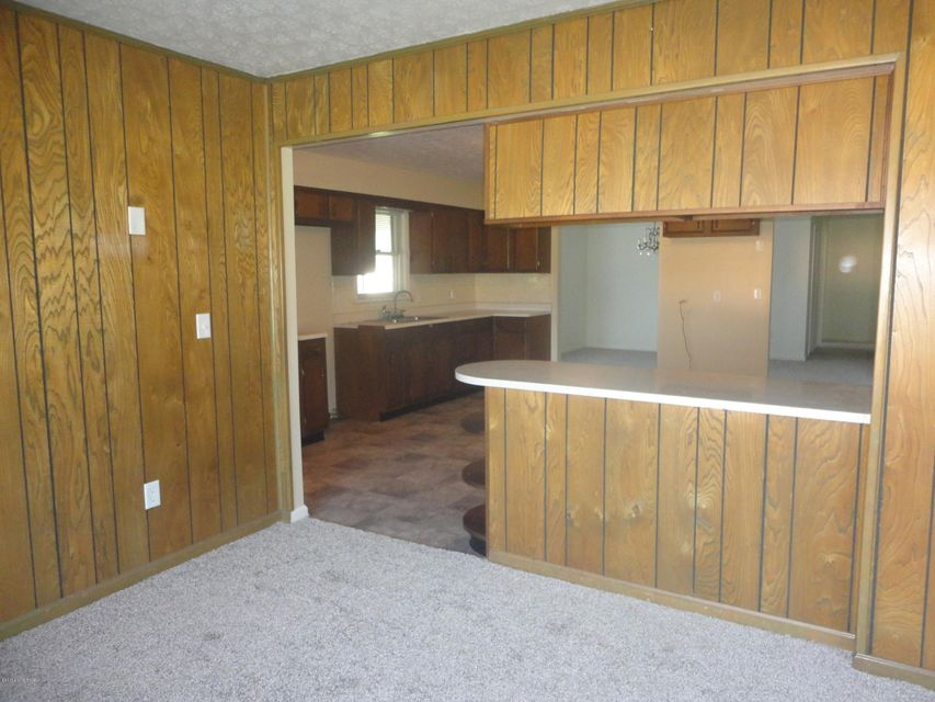 Additional photo for property listing at 4280 E Hwy 44 4280 E Hwy 44 Shepherdsville, Kentucky 40165 United States