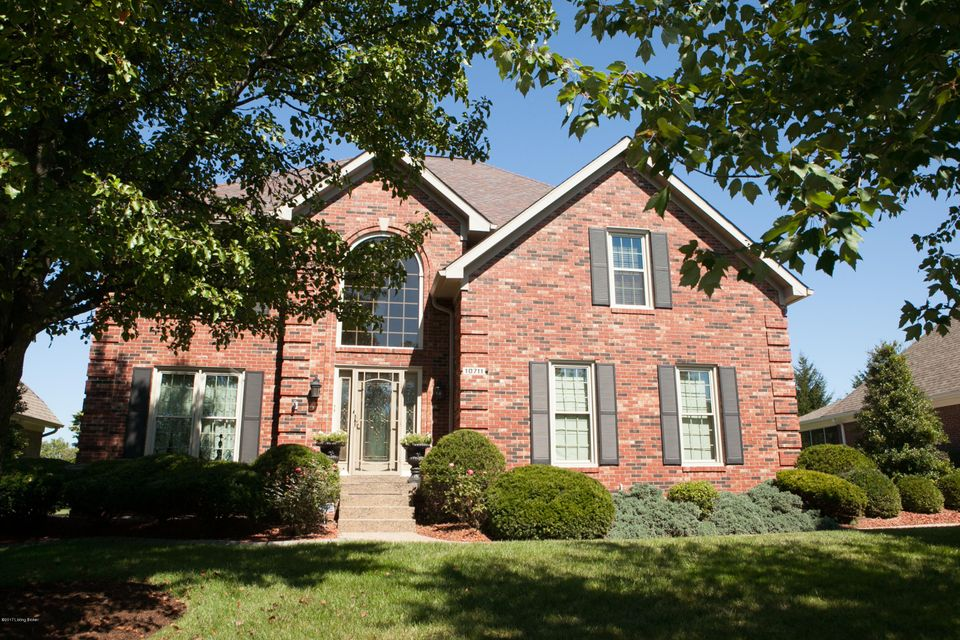 Single Family Home for Sale at 10711 Colonel Hancock Drive 10711 Colonel Hancock Drive Louisville, Kentucky 40291 United States