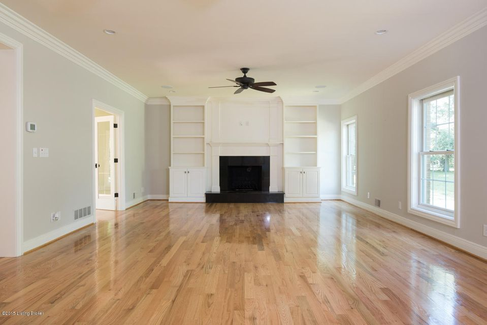 Additional photo for property listing at 706 Evergreen Road 706 Evergreen Road Anchorage, Kentucky 40223 United States