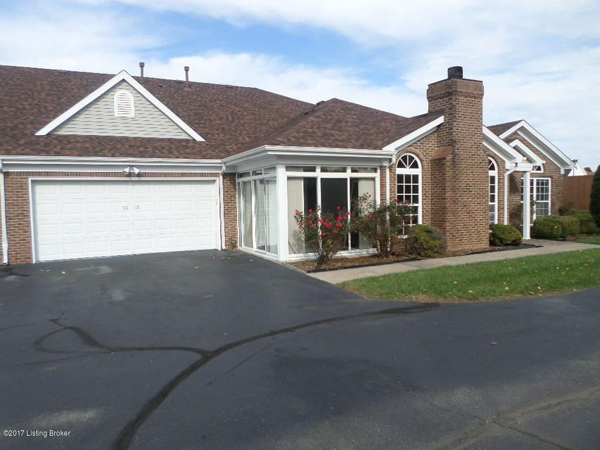 Single Family Home for Sale at 6218 River Pointe Drive 6218 River Pointe Drive Louisville, Kentucky 40258 United States