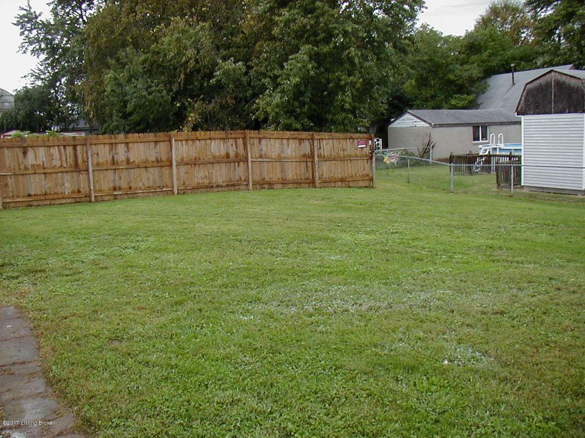Additional photo for property listing at 13414 Dixie Hwy 13414 Dixie Hwy Louisville, Kentucky 40272 United States
